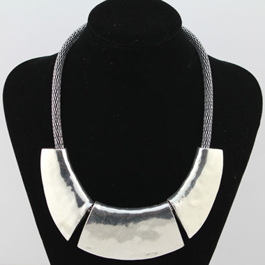 Snake Chain Silver Chunky Choker NecklaceNecklaces &amp; Pendants<br><br><br>color: Silver<br>size: One Size