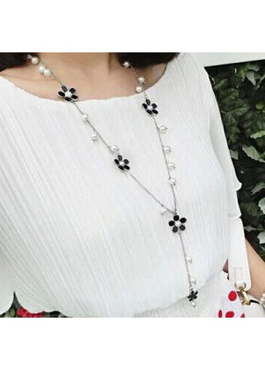 Black Flower and Faux Pearl Decorated Necklace