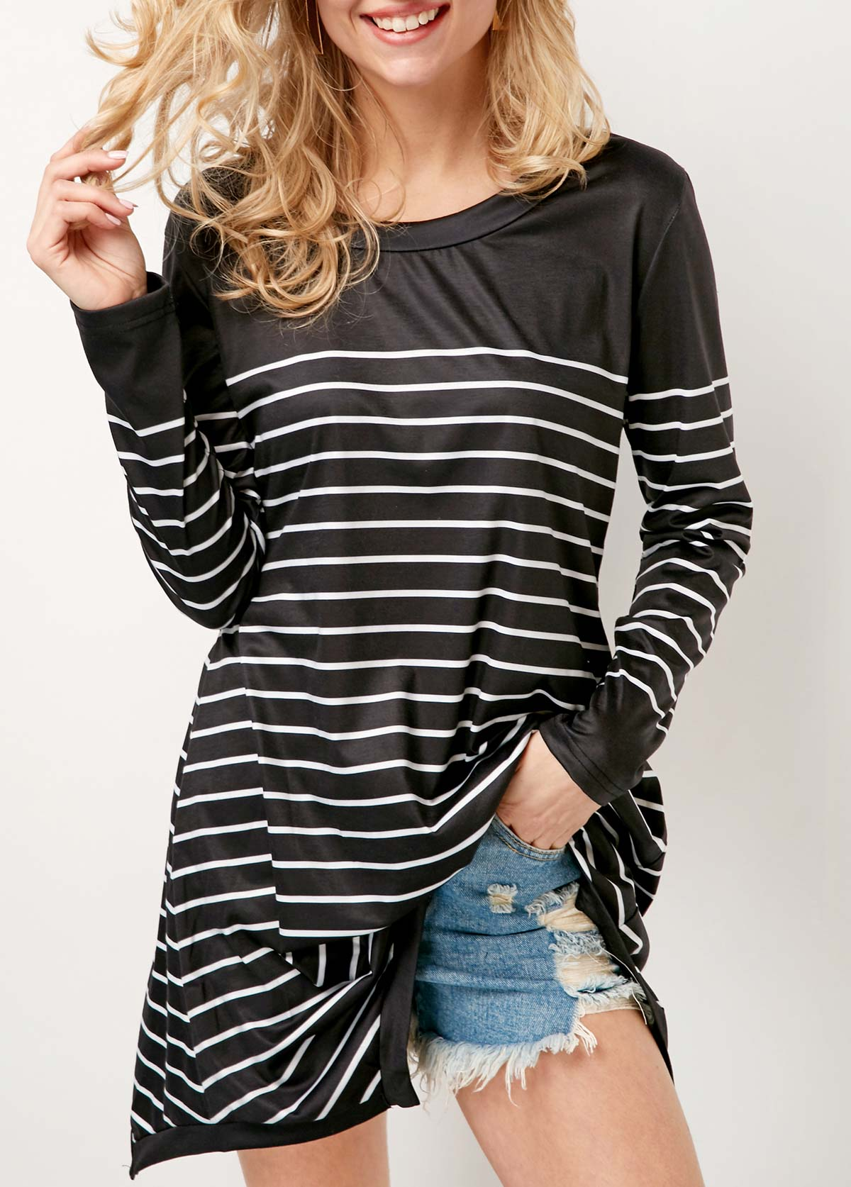 Long Sleeve Striped Round Neck Black T Shirt