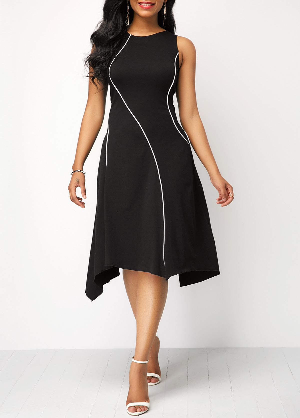 Asymmetric Hem Round Neck Black Dress