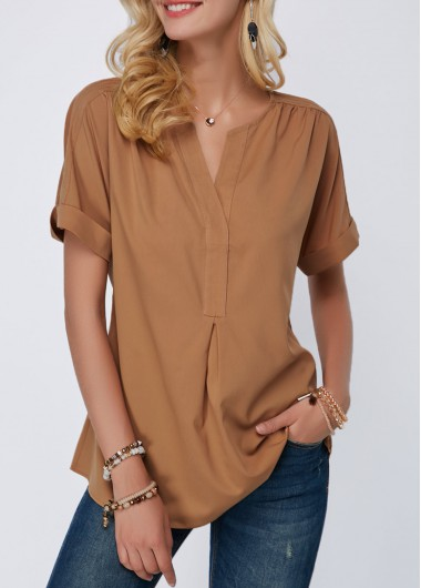 Curved Hem Split Neck Short Sleeve Blouse