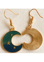 Gold-Metal-Moon-Shape-Star-Detail-Earrings