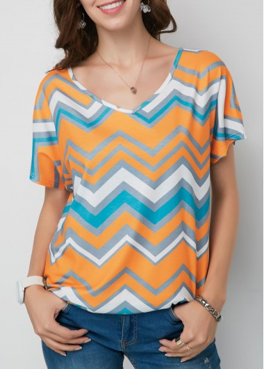 V Neck Short Sleeve Chevron Print T Shirt none