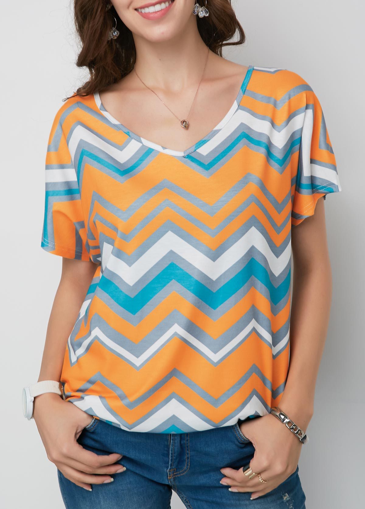 ROTITA V Neck Short Sleeve Chevron Print T Shirt
