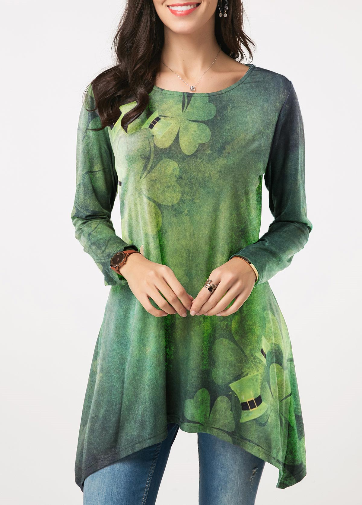 Asymmetric Hem Clover Print ST Patricks Day T Shirt