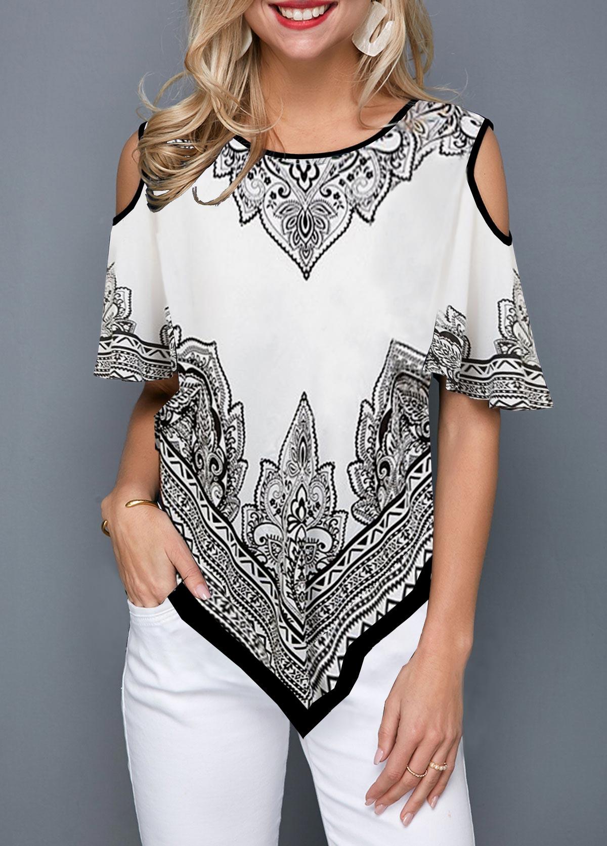 Round Neck Asymmetric Hem Printed T Shirt