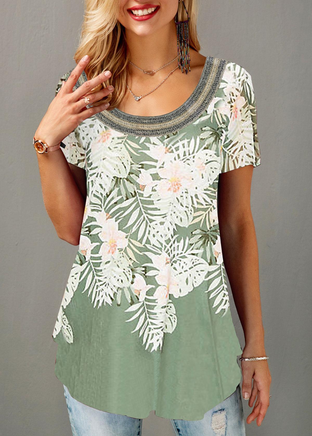 Curved Hem Flower Print Short Sleeve T Shirt
