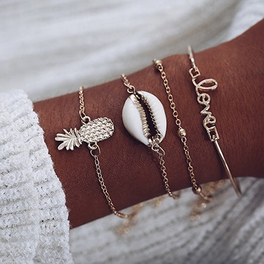 Glod Metal Seashell Shaped Bracelet Set