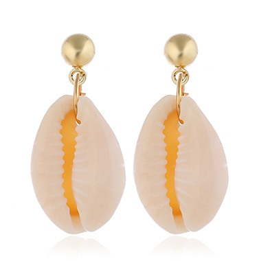 Glod Metal Seashell Shaped Earrings for Lady