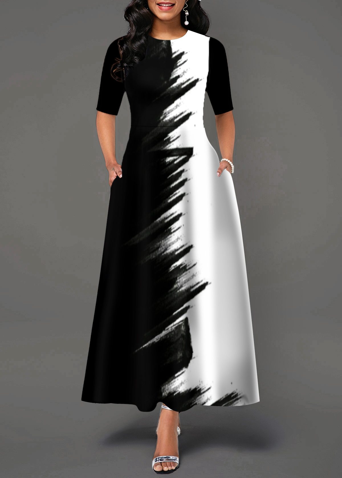 Half Sleeve Round Neck Color Block Maxi Dress