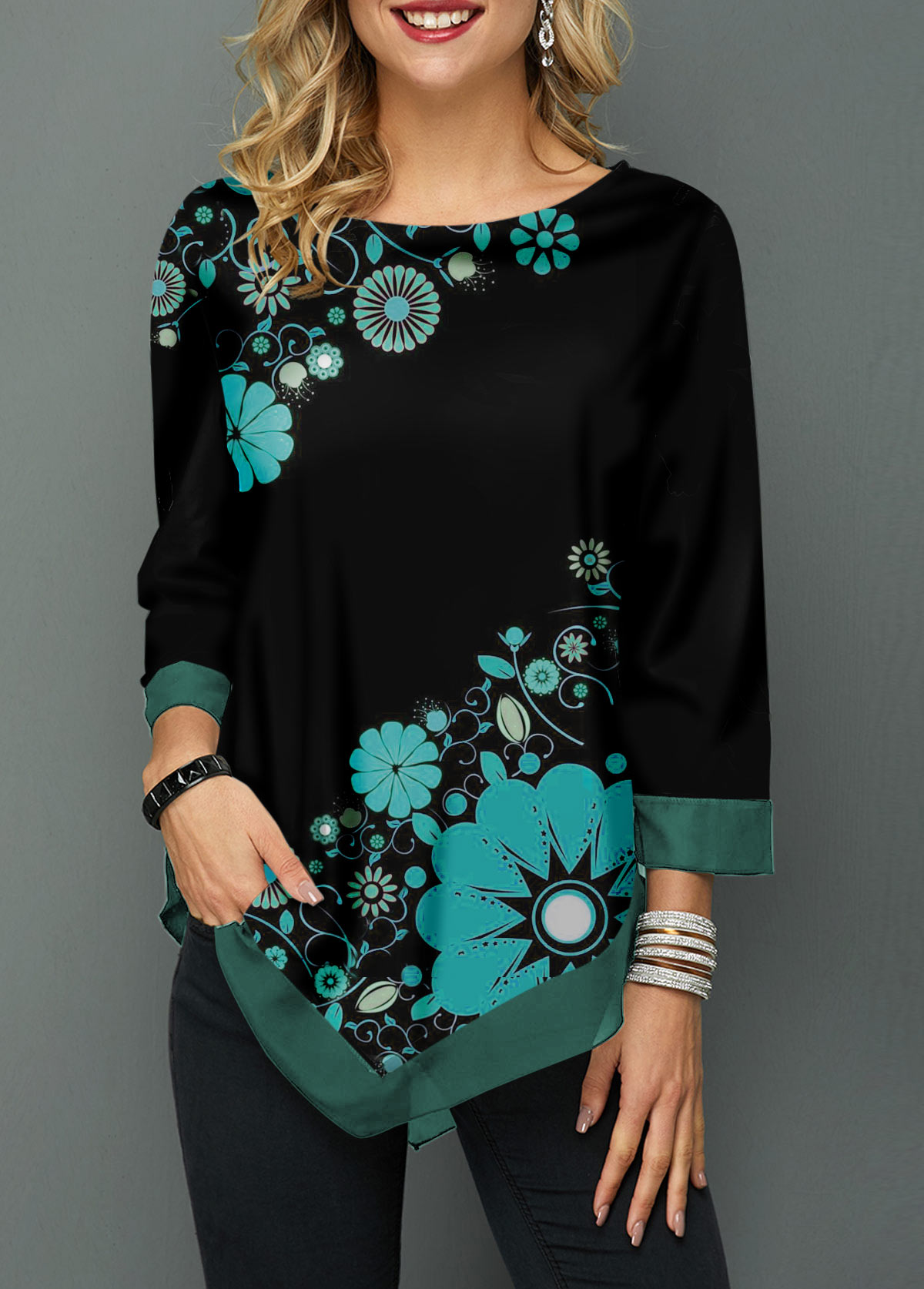 Flower Print Round Neck Asymmetric Hem Blouse