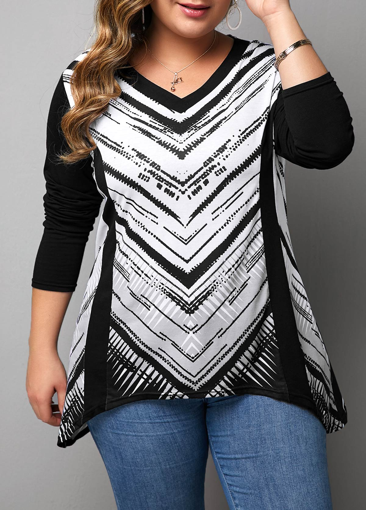 ROTITA Plus Size Long Sleeve Asymmetric Hem T Shirt