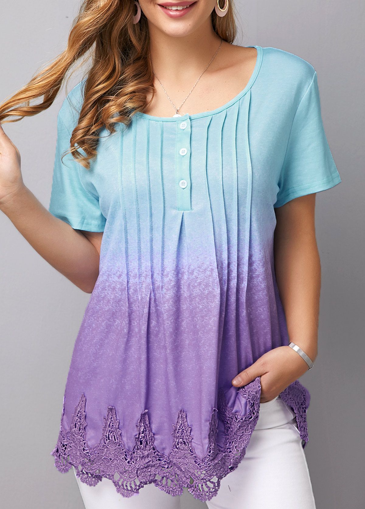 Scalloped Hem Crinkle Chest Lace Patchwork T Shirt