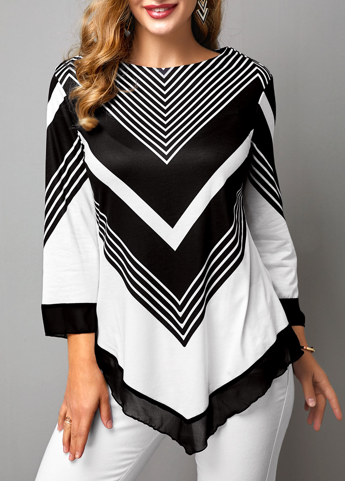 Chevron Print Three Quarter Sleeve Asymmetric Hem T Shirt