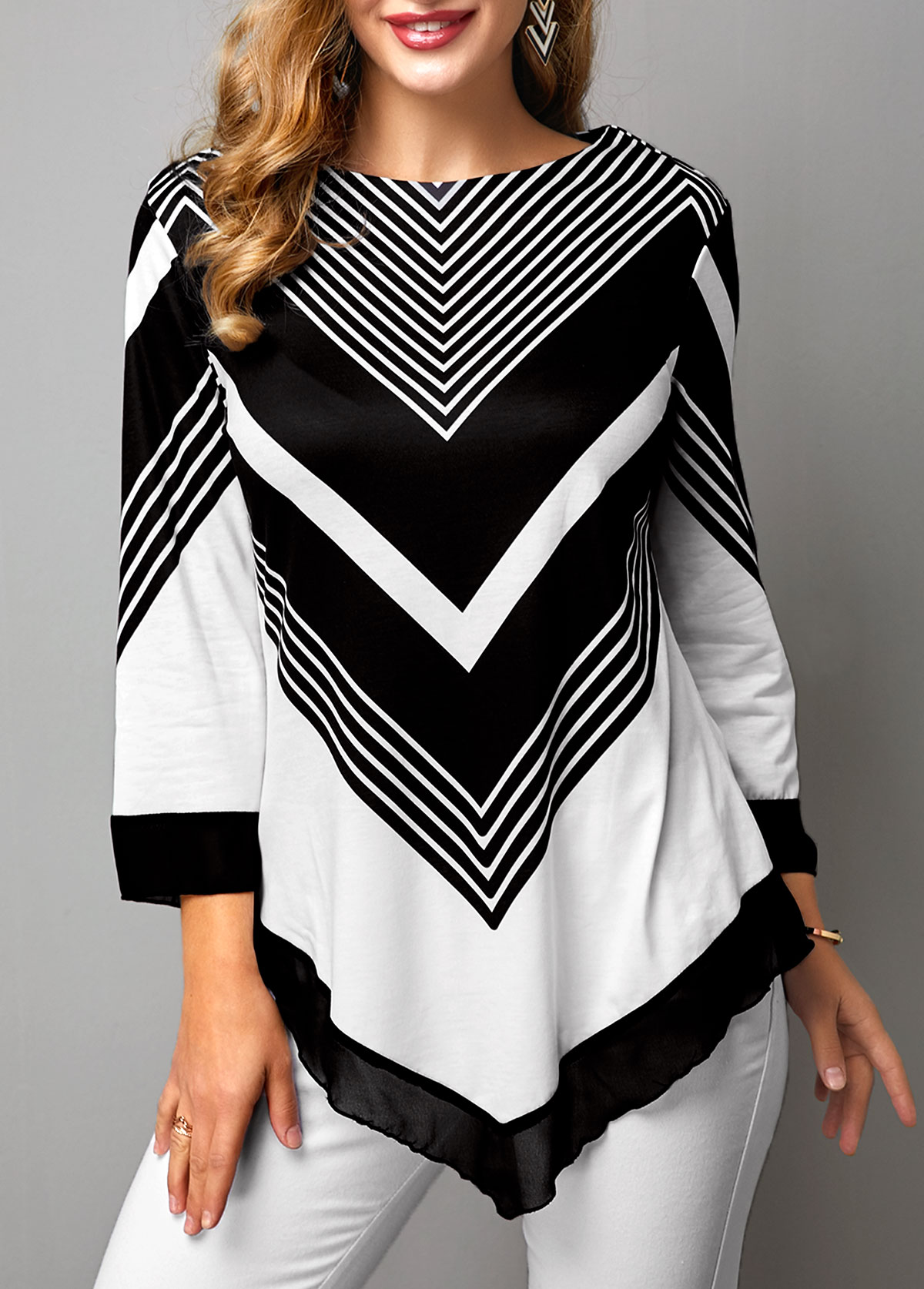 ROTITA Chevron Print Three Quarter Sleeve Color Block Asymmetric Hem T Shirt