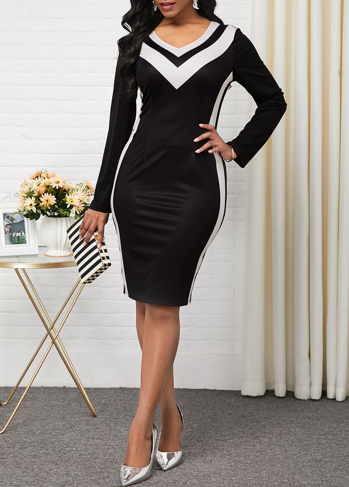 V Neck Contrast Panel Long Sleeve Dress