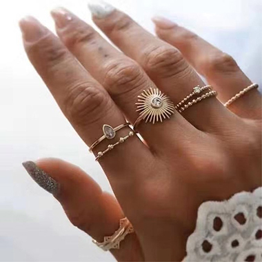 Metal Materail 7pcs Rhinestone Detail Rings