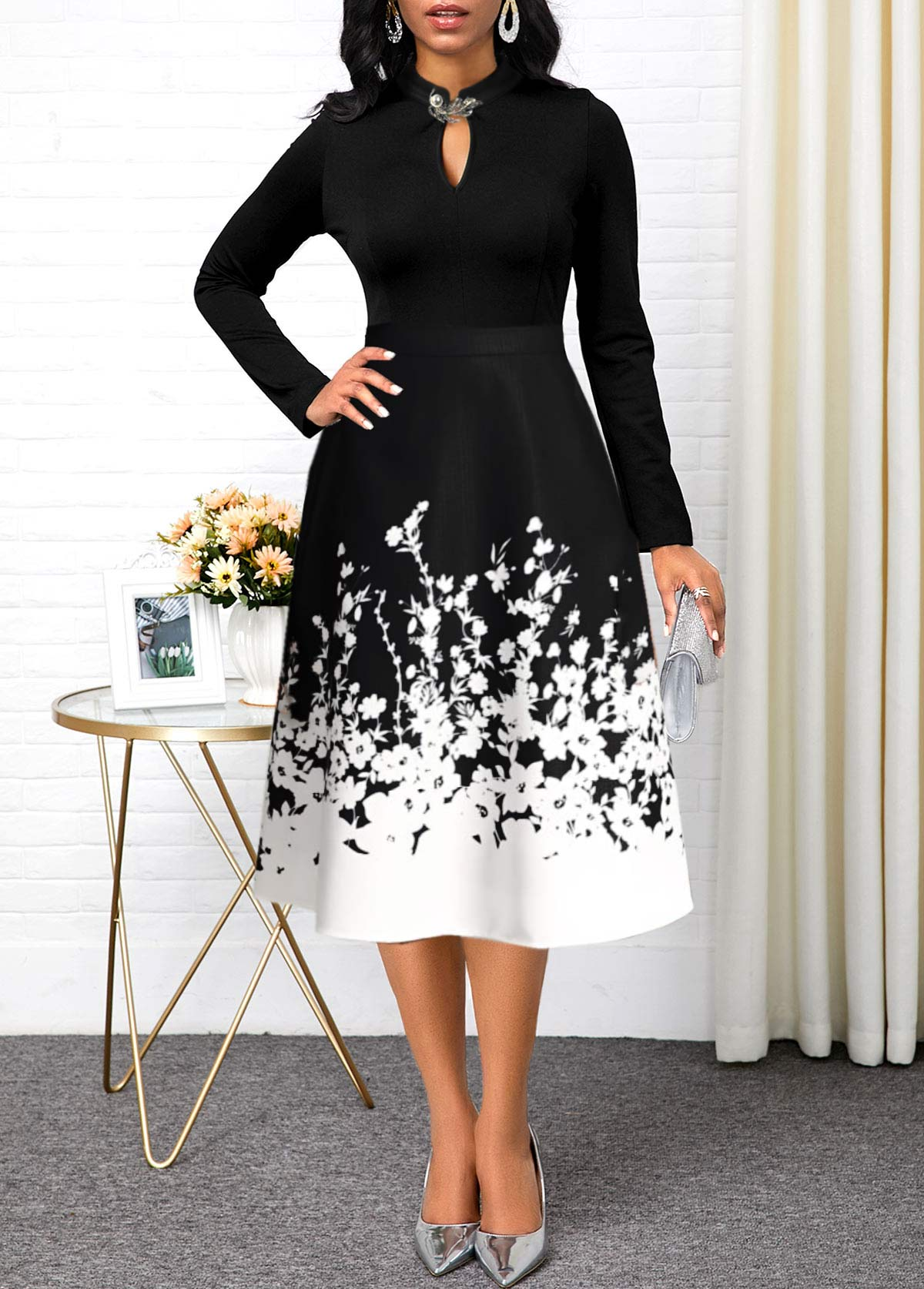 Floral Print Keyhole Neckline Long Sleeve Dress