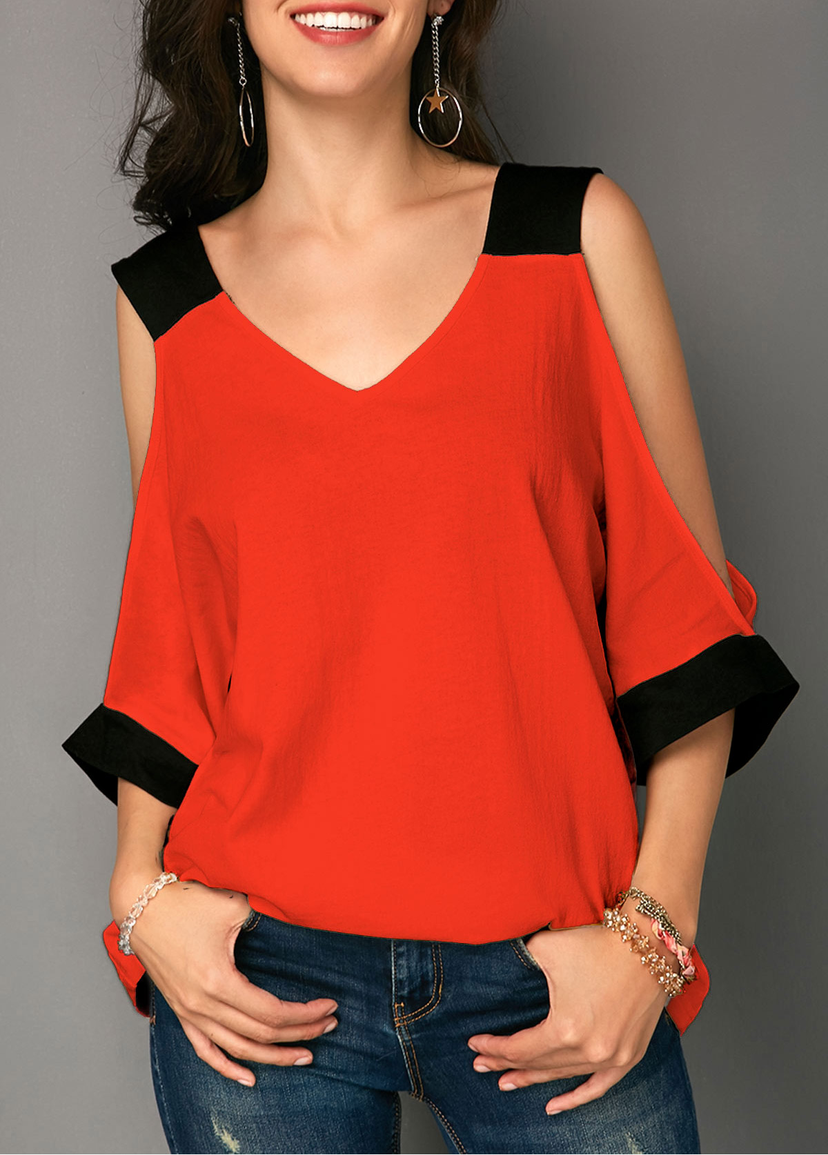 ROTITA Cold Shoulder V Neck Contrast Panel T Shirt