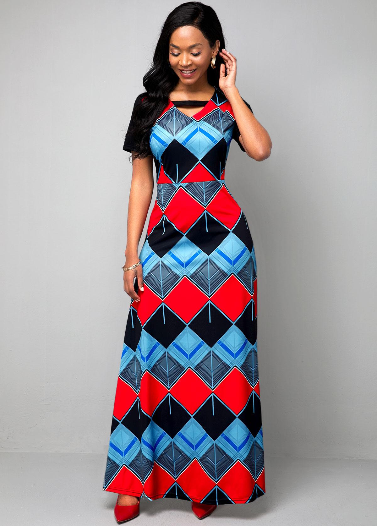 Geometric Print Keyhole Neckline Short Sleeve Maxi Dress