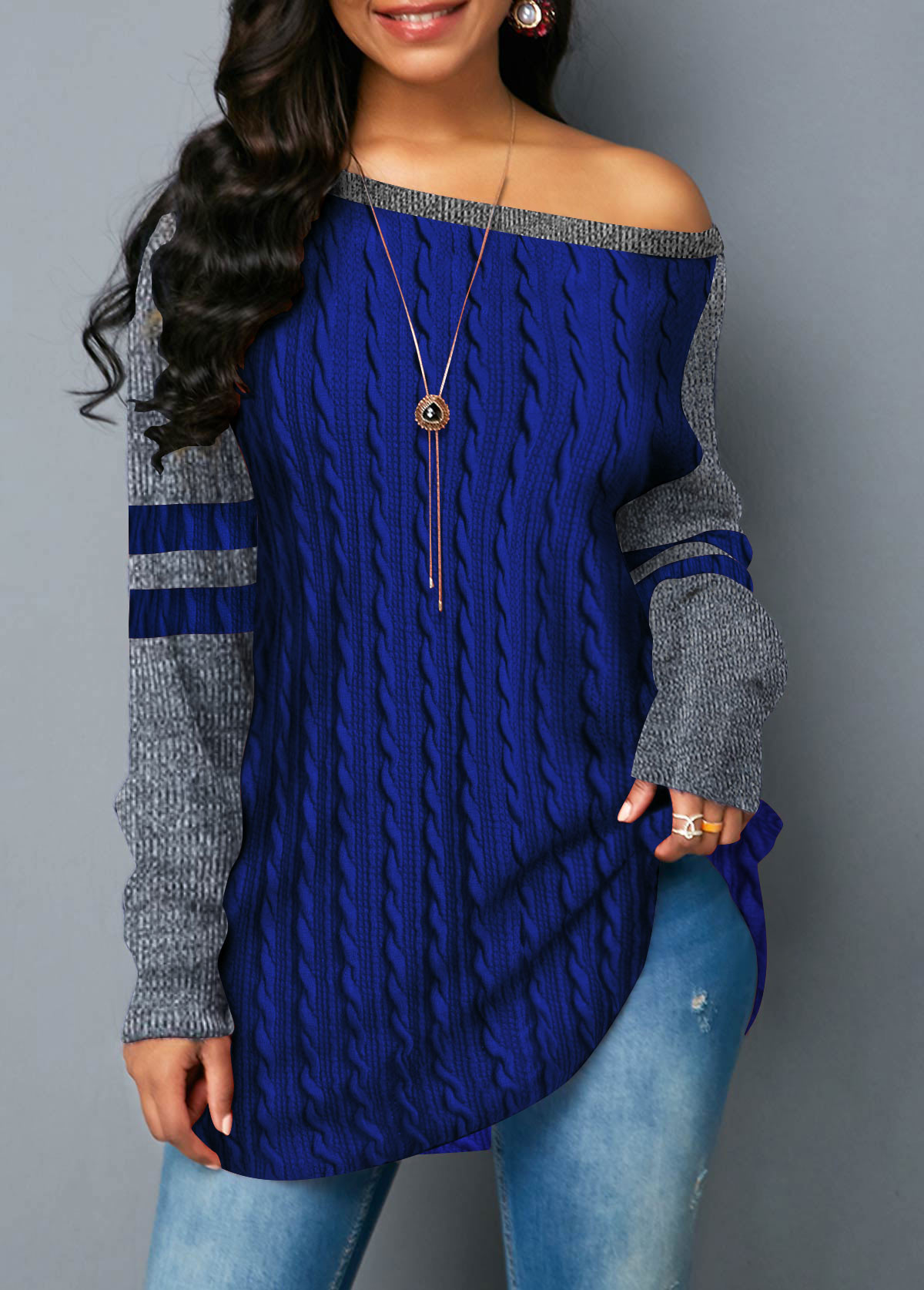 Long Sleeve Round Neck Navy Blue Sweatshirt