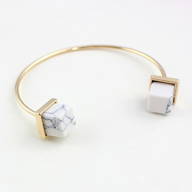 Metal Ivory Marble Decorated Bracelet for Women