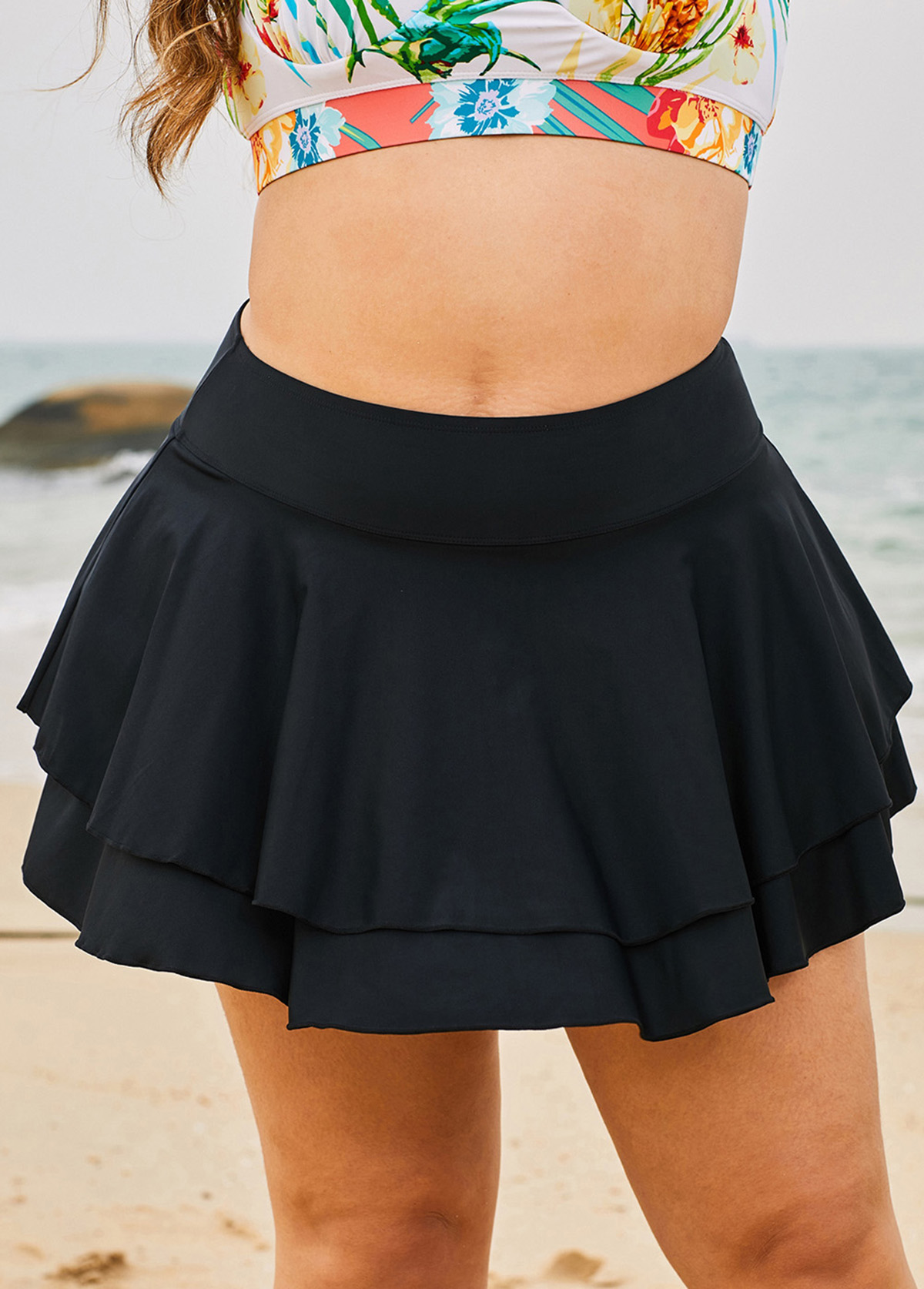 Plus Size Ruffle Hem Black Swimwear Bottom
