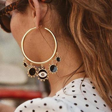 Metal Sun Shape Detail Gold Hoop Earring Set