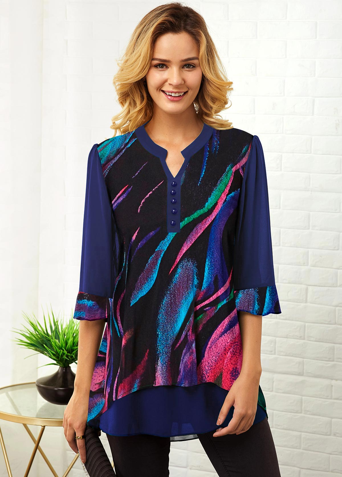 ROTITA Split Neck Geometric Print Three Quarter Sleeve Blouse