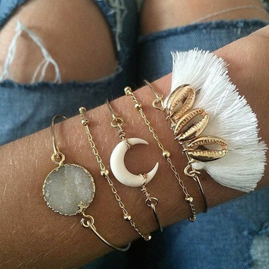 Tassel Embellished Crescent Shape Gold Metal Bracelet Set