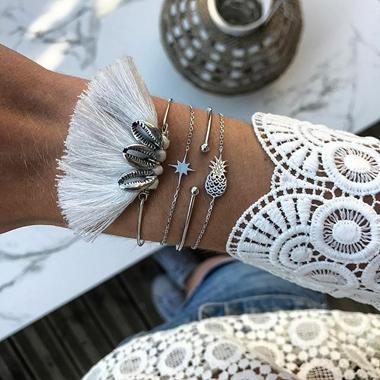 Seashell Shape Tassel Embellished Silver Metal Bracelet Set