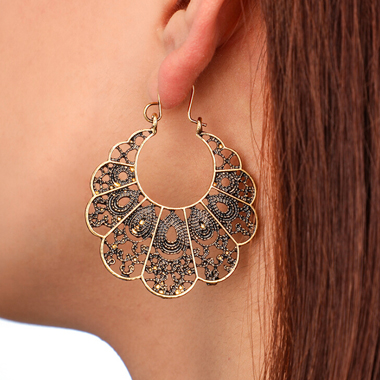 Curved Pierced Gold Metal Earring Set