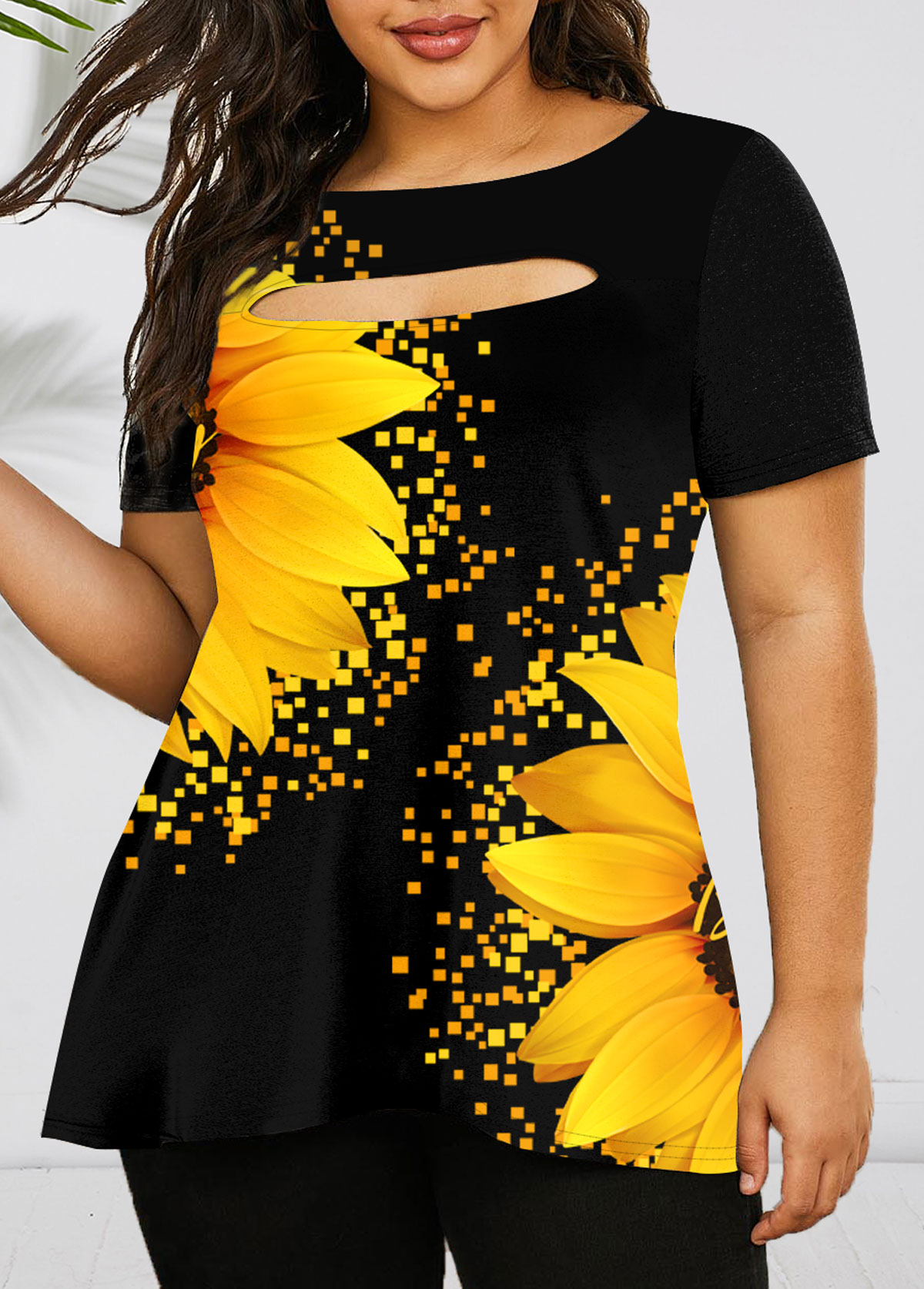 ROTITA Plus Size Cutout Front Sunflower Print T Shirt