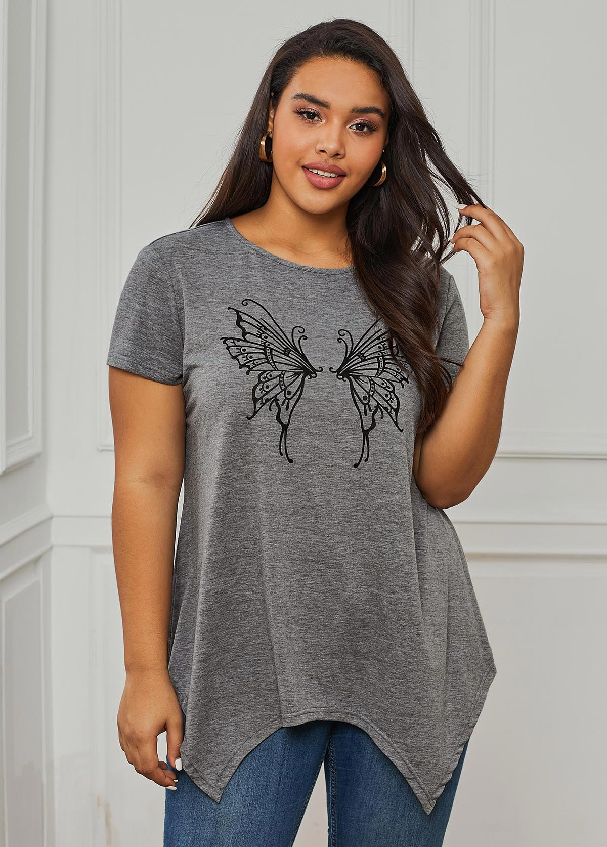 ROTITA Pierced Back Butterfly Print Round Neck Plus Size T Shirt