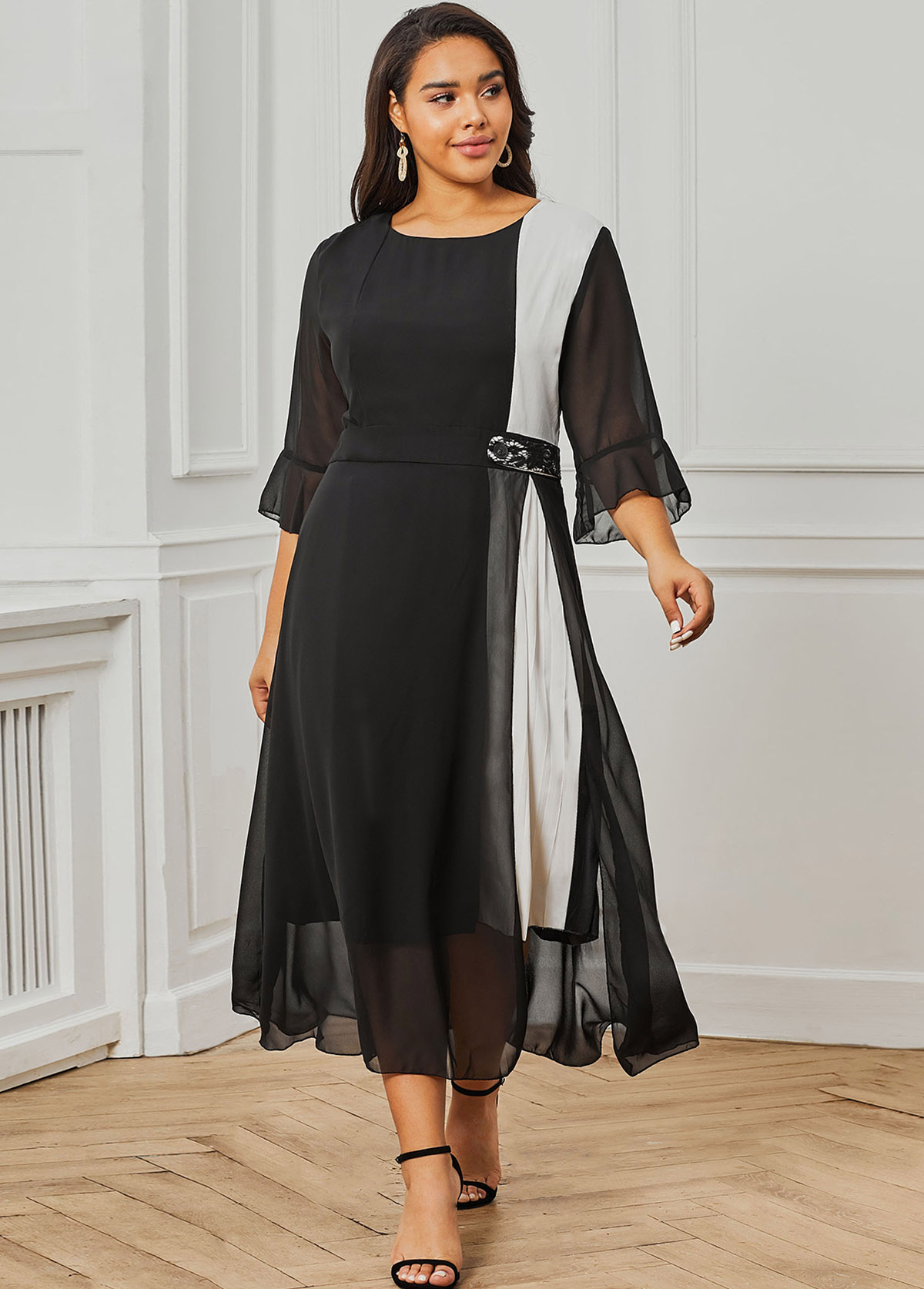 ROTITA Chiffon Round Neck Flare Sleeve Black Plus Size Dress
