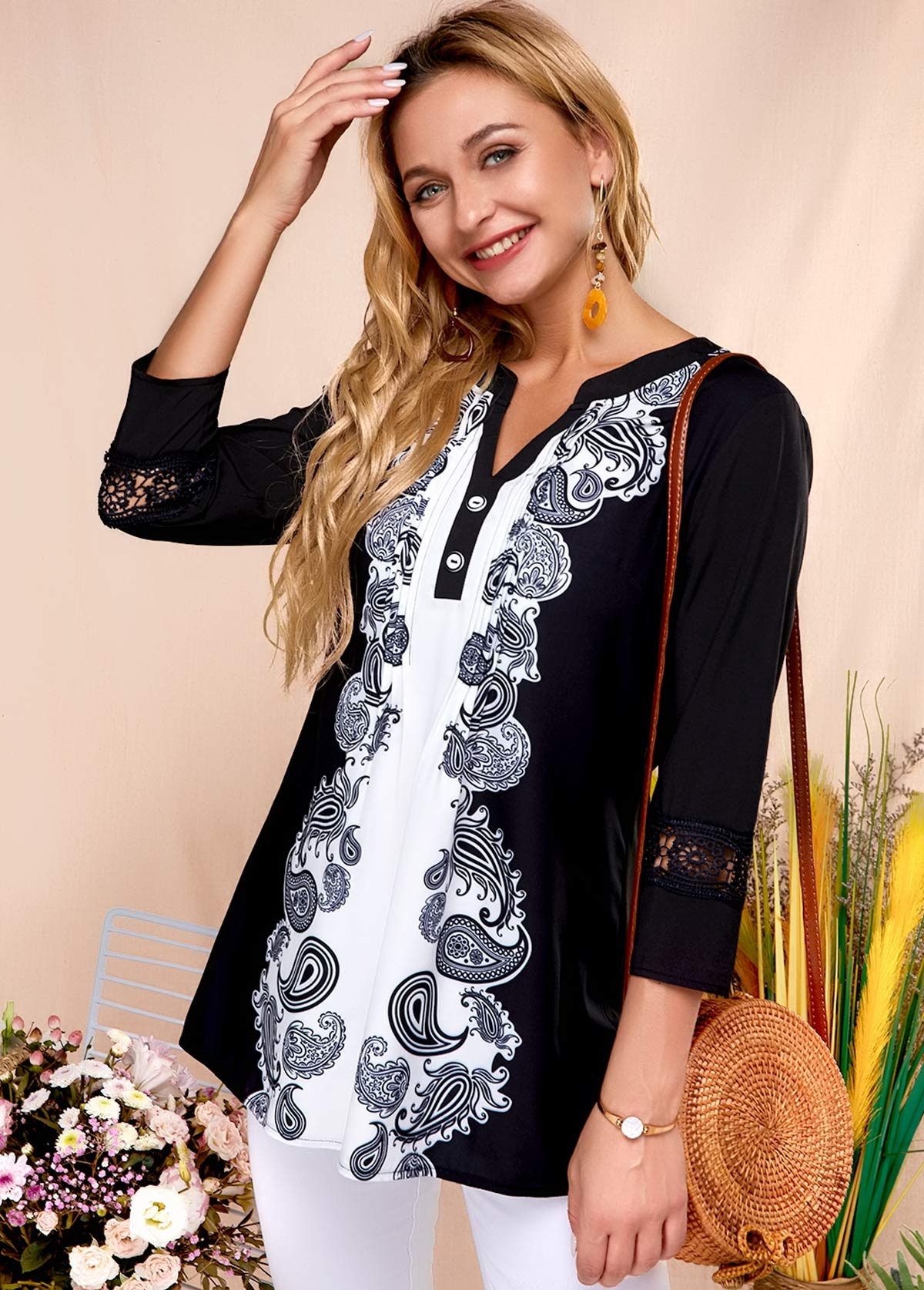 ROTITA Black Symmetric Print Split Neck Blouse
