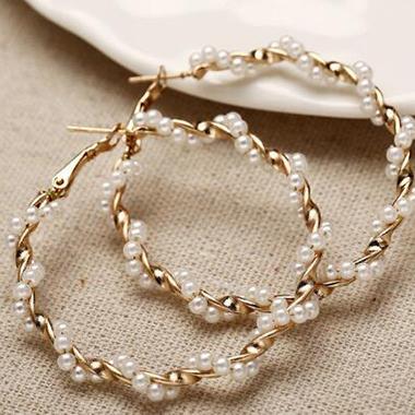 Pearl Embellished Circle Shape Earring Set
