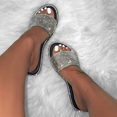1 Pair Black Rhinestone Embellished Slippers
