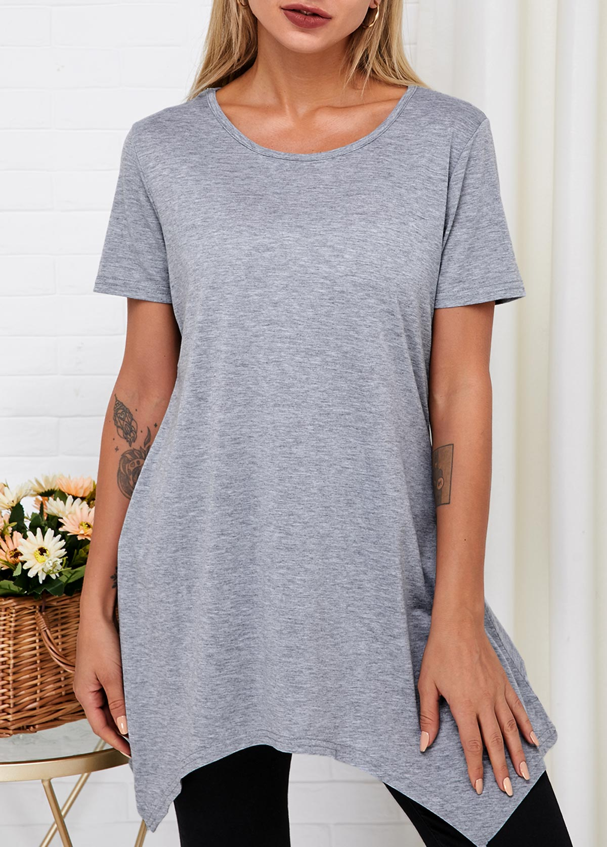 Asymmetric Hem Short Sleeve Round Neck T Shirt