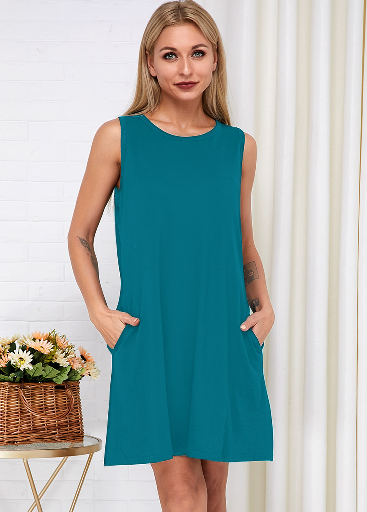 Side Pocket Round Neck Sleeveless Dress