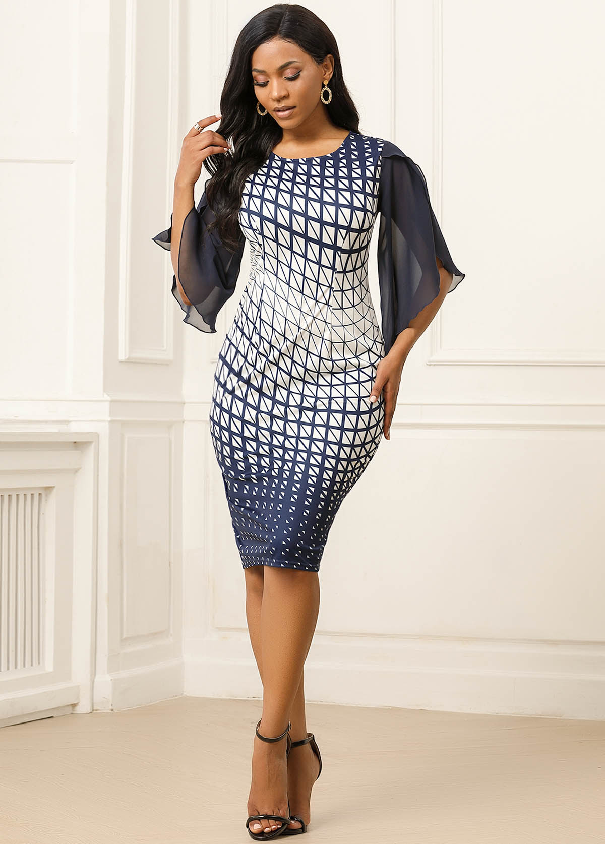 ROTITA Geometric Print Asymmetric Sleeve Back Slit Dress