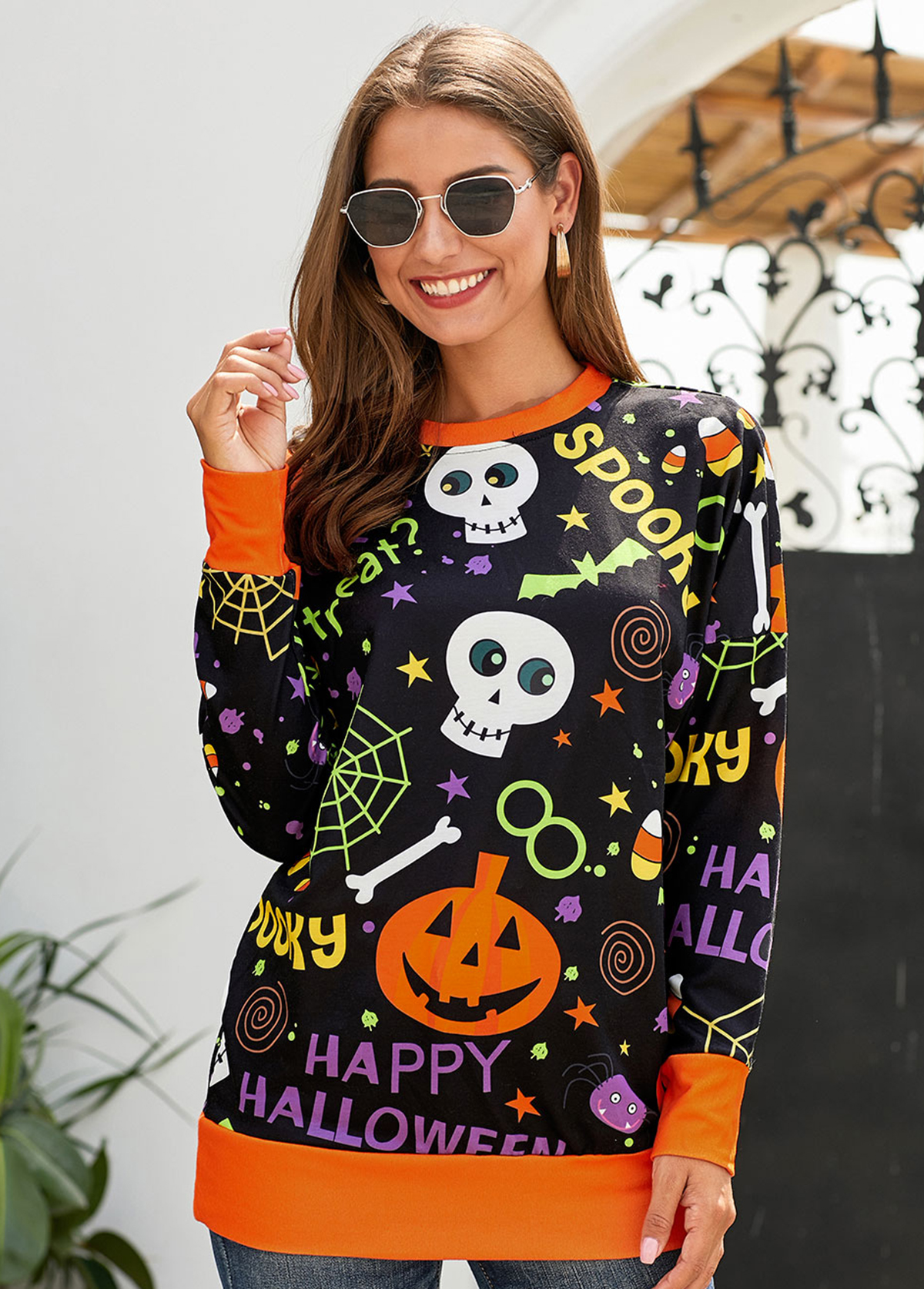 Round Neck Halloween Print Long Sleeve Sweatshirt