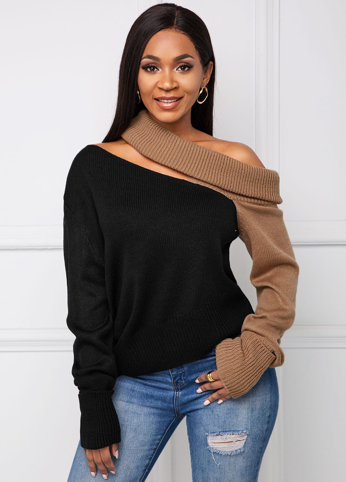 Contrast Cutout Front Long Sleeve Sweater