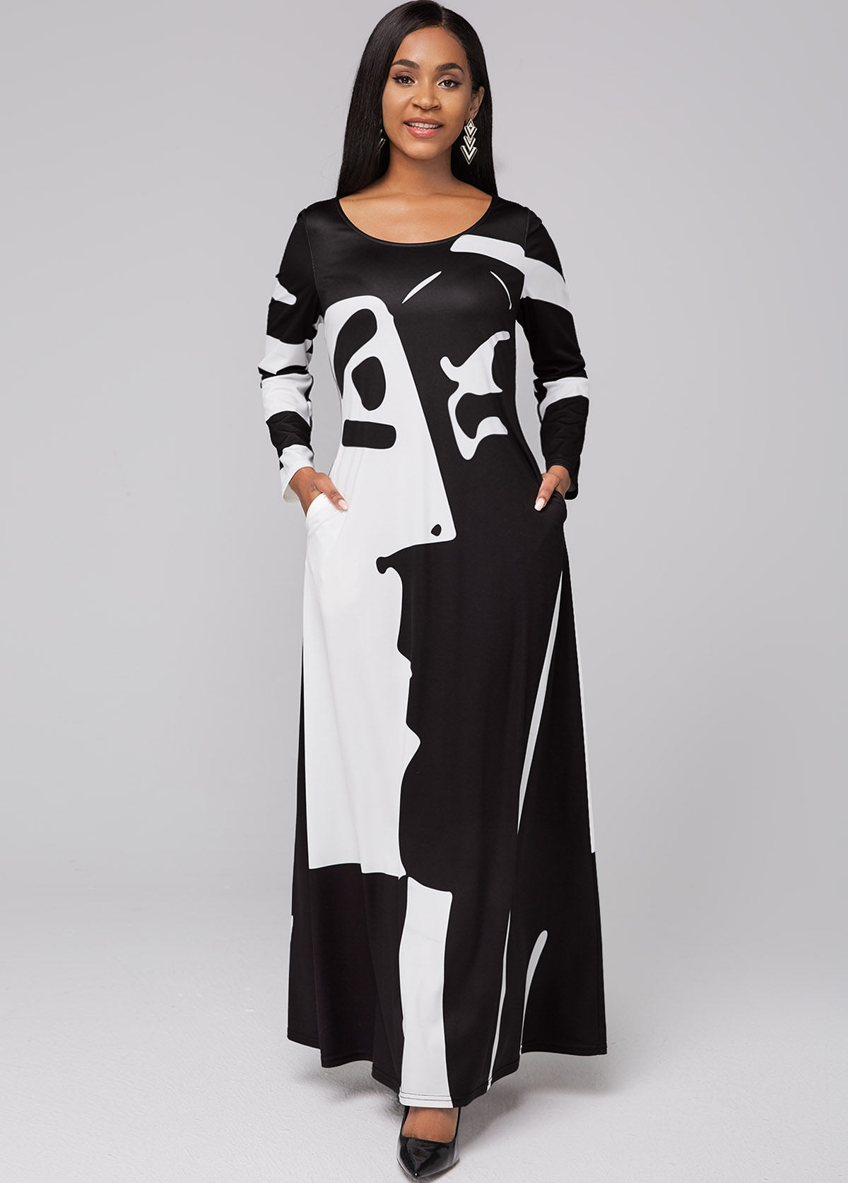 ROTITA Pocket Graffiti Print Round Neck Maxi Dress