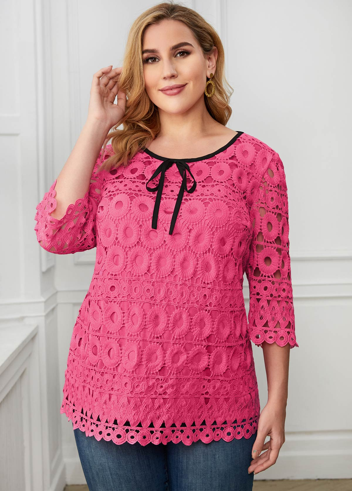 ROTITA Plus Size Tie Neck Lace Contrast T Shirt