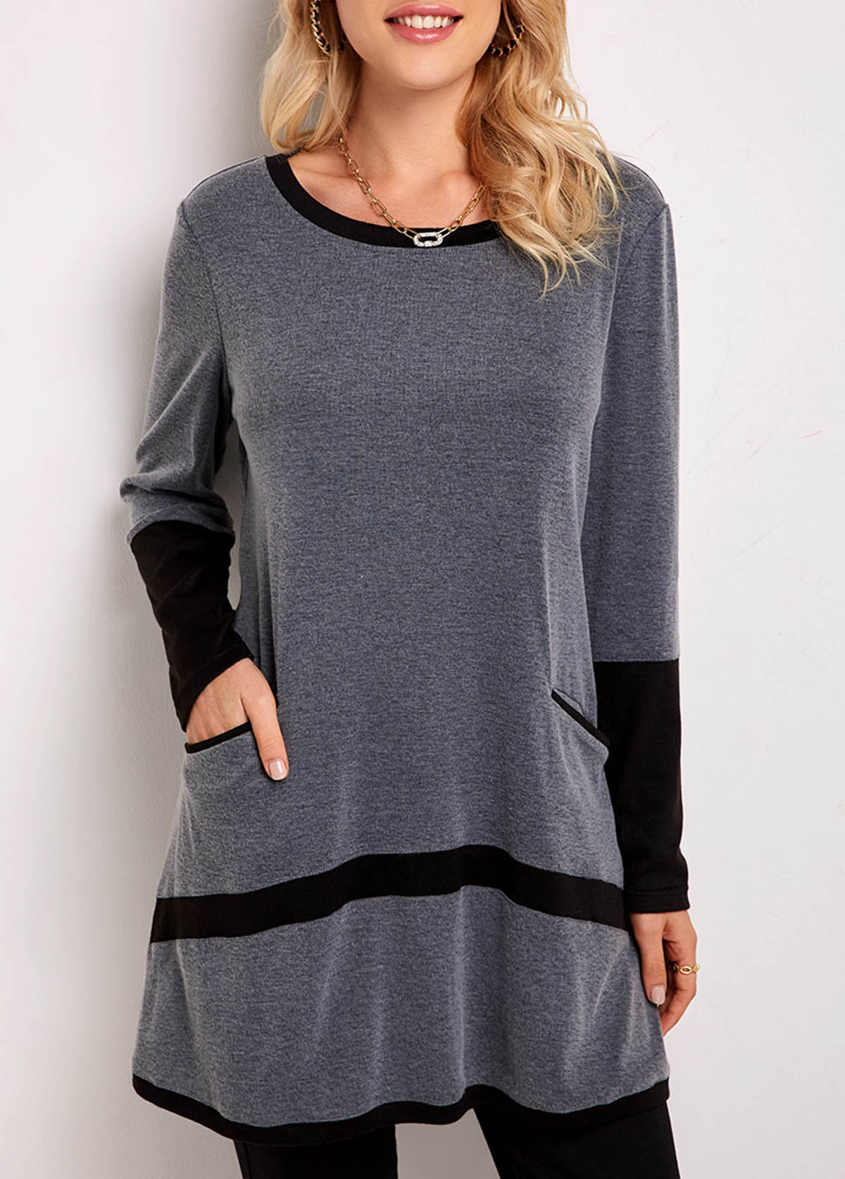 ROTITA Round Neck Long Sleeve Pocket Contrast Tunic Top