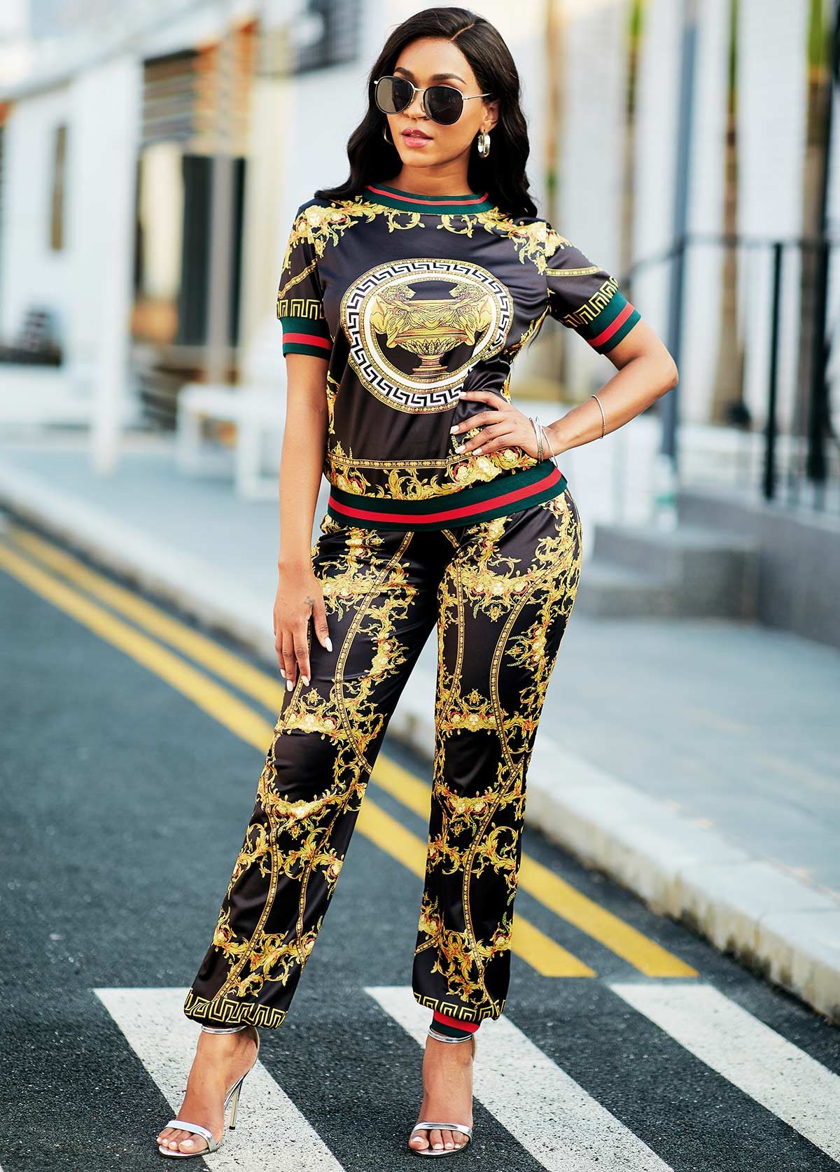 Round Neck Baroque Print Top and Pants