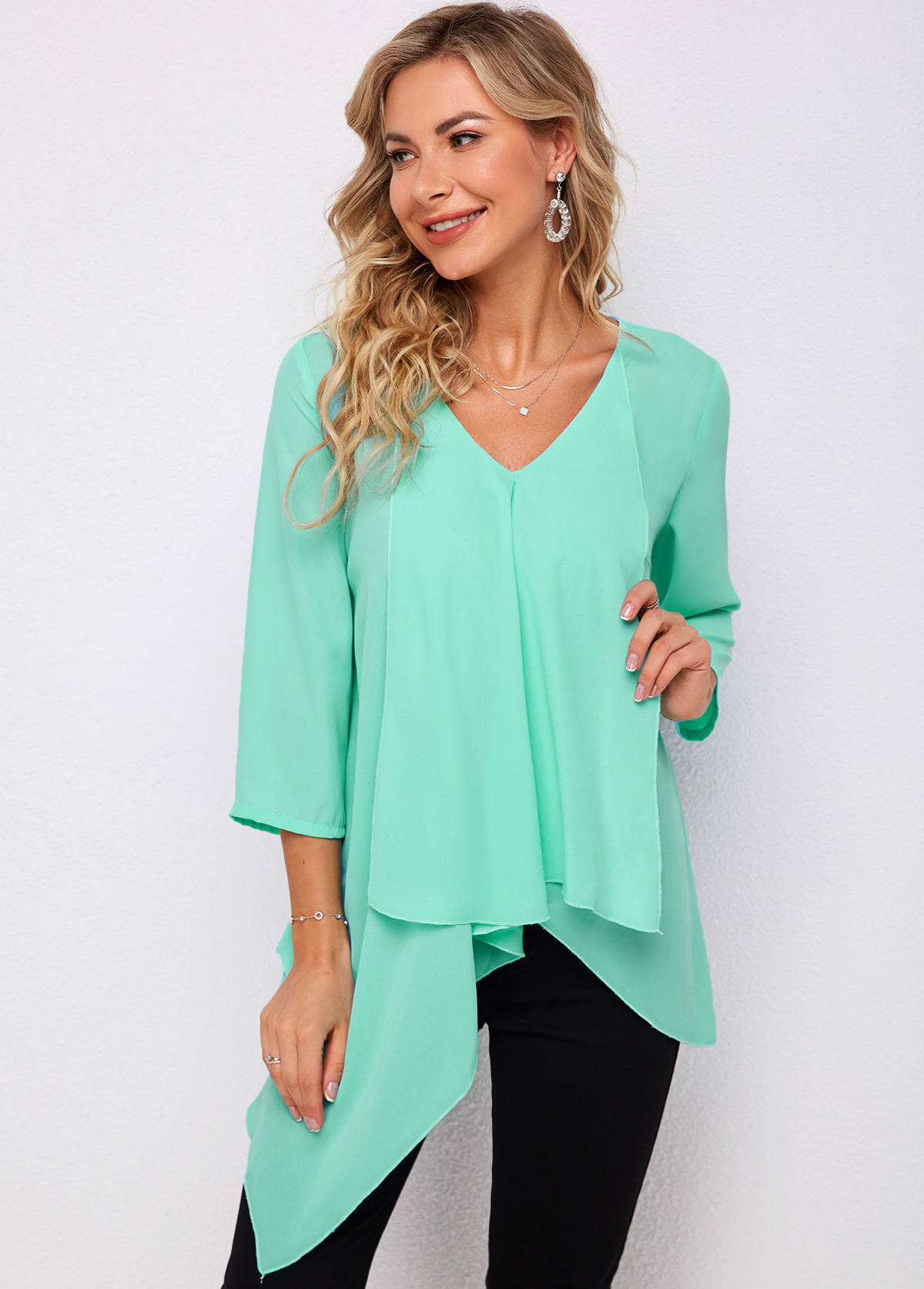ROTITA Sleeveless Asymmetric Hem V Neck Blouse
