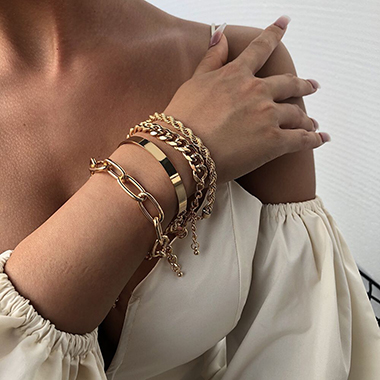 Gold Chain Design Metal Detail Bracelet Set