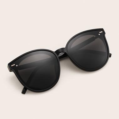 1 Pair Black TR Cat Eye Frame Sunglasses